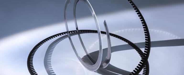 Bohlerstrip rotary die cutting